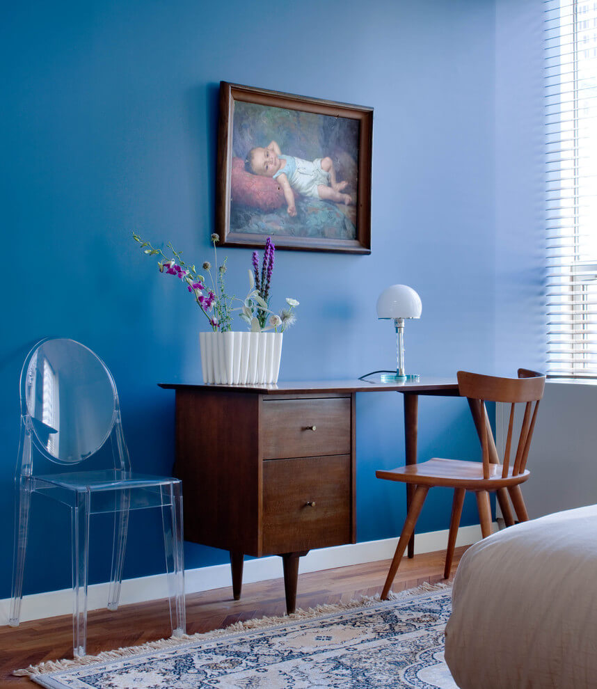 Rich Blue Tones For Snug Interiors