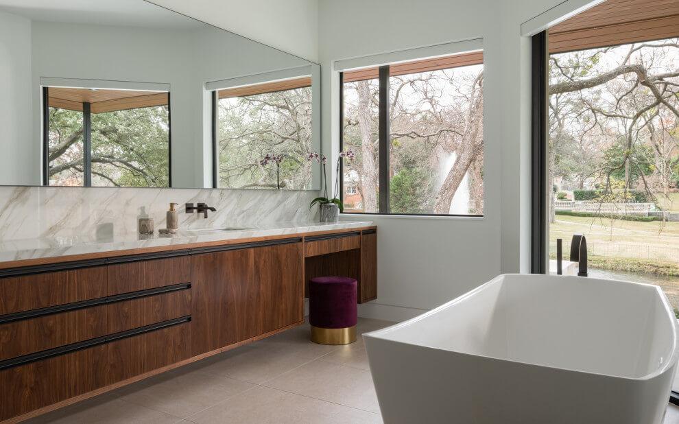 Elegant Contemporary Bathroom With View